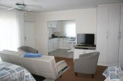 113onrobberg-family-room-2.JPG