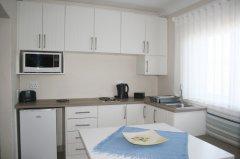 113onrobberg-family-room-3.JPG